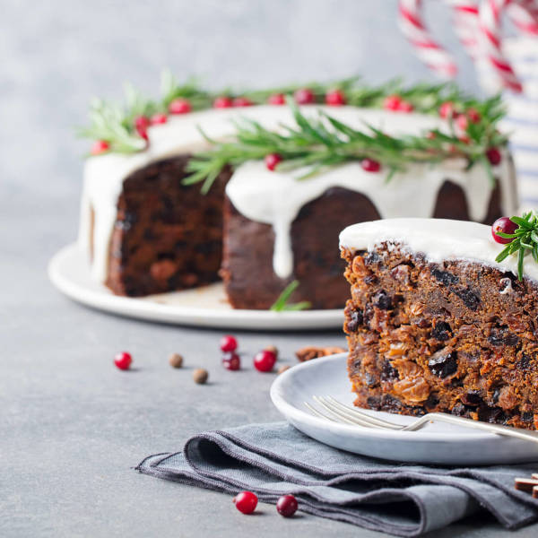 Christmas Cake.Easy Traditional Christmas Cake