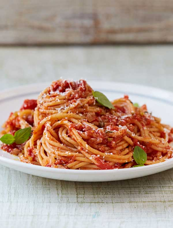 jamie s classic tomato spaghetti recipe woolworths